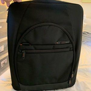 Samsonite Pro DLX 20 2 Wheeled Case